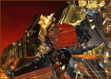 _L'or du fou_ Cristal pyrite Fe